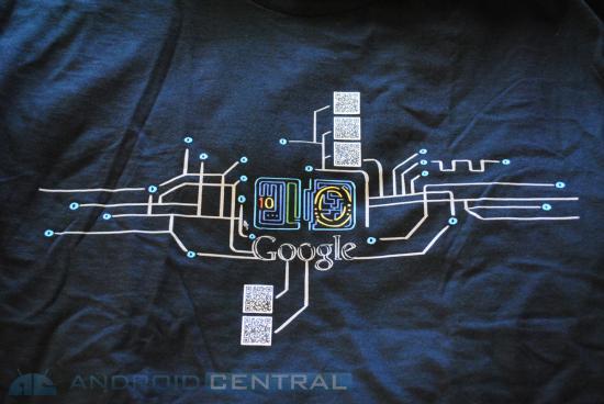 Ecco la T-shirt ufficiale del Google I/O.. ma cosa nascondono i QRcode?