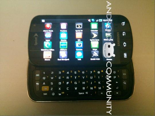 Samsung Galaxy S Pro con tastiera QWERTY, foto e caratteristiche