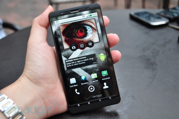 Motorola Droid X: foto, video e caratteristiche