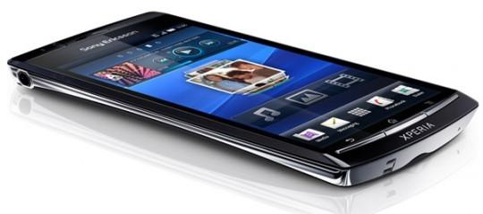 Sony Ericsson Xperia Arc, device slim da 4.2