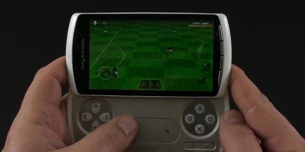 Sony Ericsson Xperia Play: video prova dei giochi pre-installati