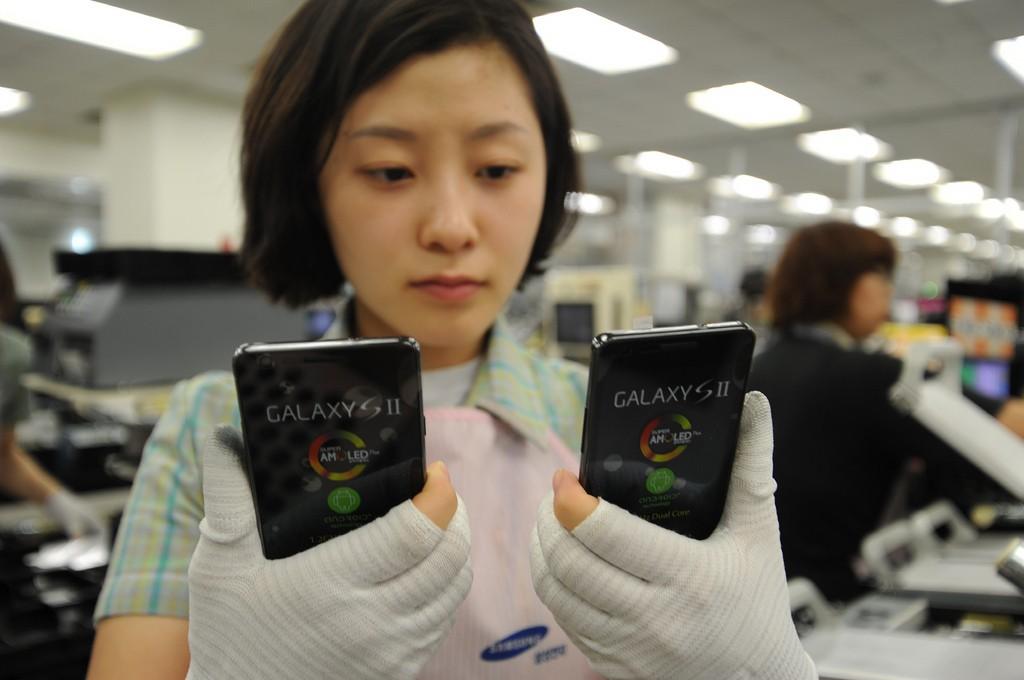 Samsung: 3 milioni di preordini per Galaxy S II