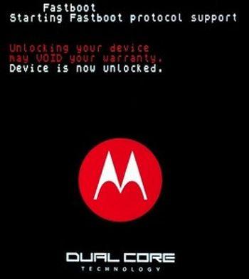 Motorola Atrix: Gingerbread sbloccherà il bootloader (video)