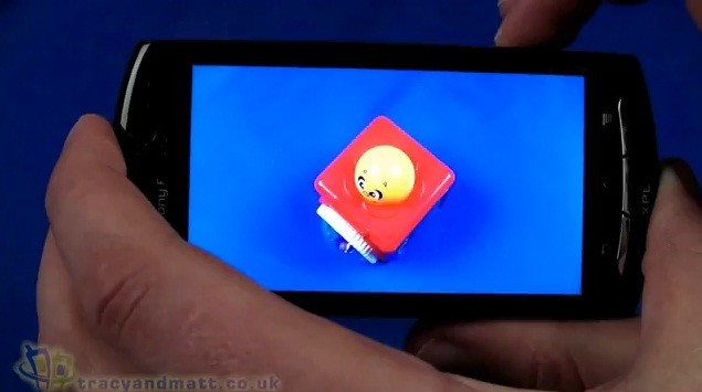 Sony Ericsson Xperia Neo: video unboxing