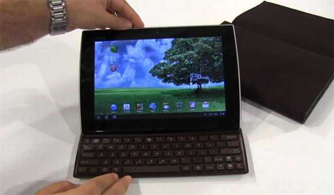 Asus Eee Pad Slider in una prima video recensione
