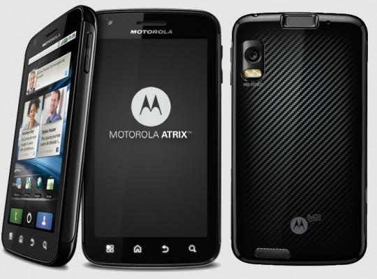 Motorola Atrix: arriva Gingerbread, ma in America