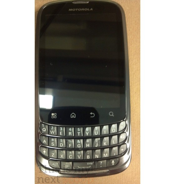 Motorola Pax, nuovo smartphone dual-core con tastiera QWERTY