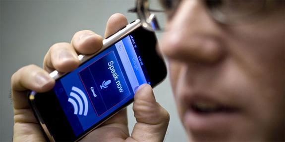 Smartphone: è aperta la sfida sul riconoscimento vocale
