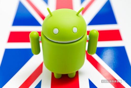 Nel Regno Unito il 50% degli smartphone è Android