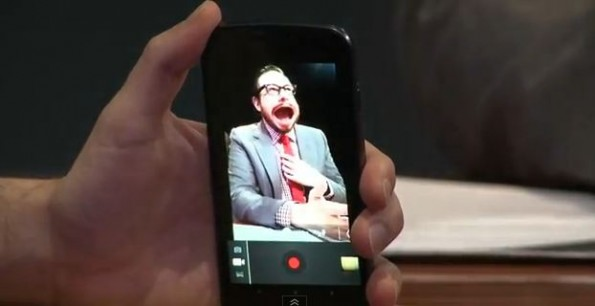 Galaxy Nexus: ecco gli effetti di distorsione live nei video!
