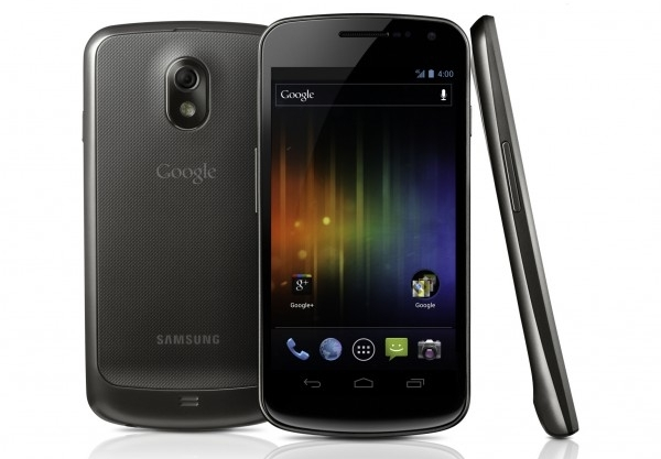 Samsung Galaxy Nexus: la fotocamera anteriore registra video a 720p