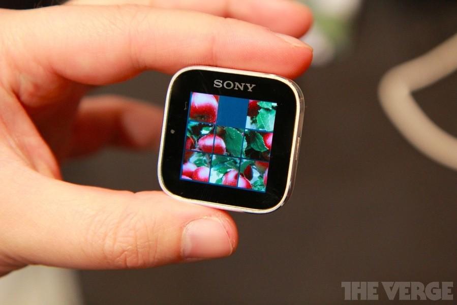 CES 2012 : Sony presenta lo Smart Watch