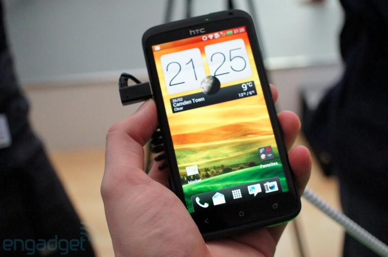 HTC One X - Video hands-on, preordine ed altro