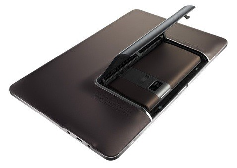 Asus PadFone disponibile per il preorder, alla modica cifra di 860 €