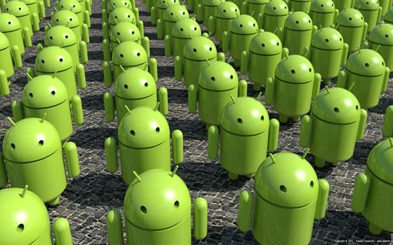 Il segno dei tempi: nel 2016 il numero di terminali Android supererà quello dei PC Windows