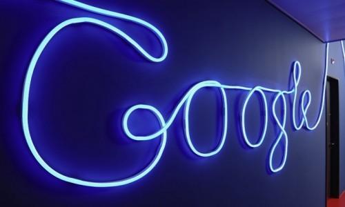 Google: brevetto per utilizzare lo smartphone attraverso i movimenti