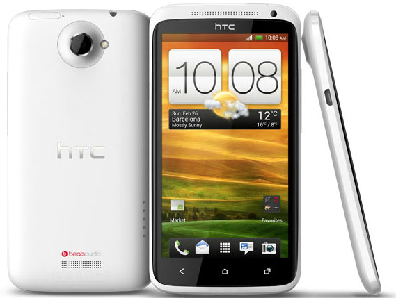 HTC One X: disponibile il primo aggiornamento software