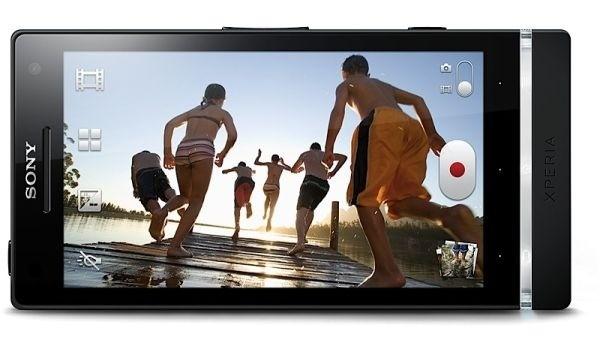 Sony risolve alcuni problemi per il display dell'Xperia S