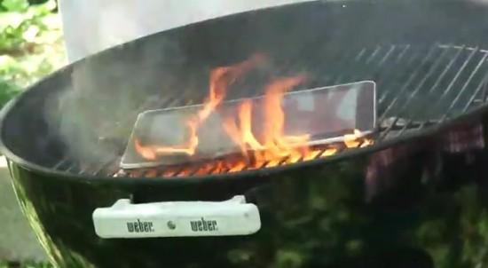 Pazzie dal web: Ecco come grigliare un Samsung Galaxy Tab