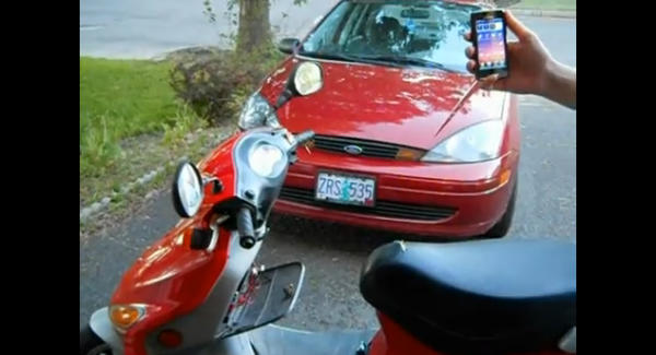 Ecco come avviare uno scooter con il proprio smartphone Android [VIDEO]