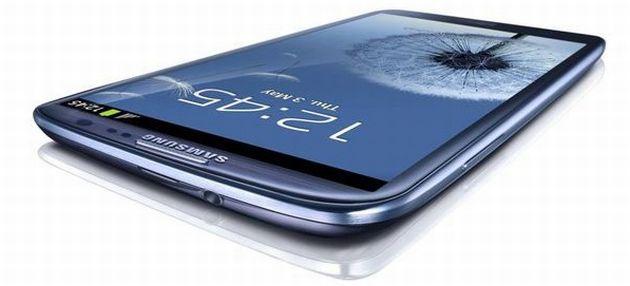 Samsung Galaxy S III, il primo aggiornamento arriva anche in Italia
