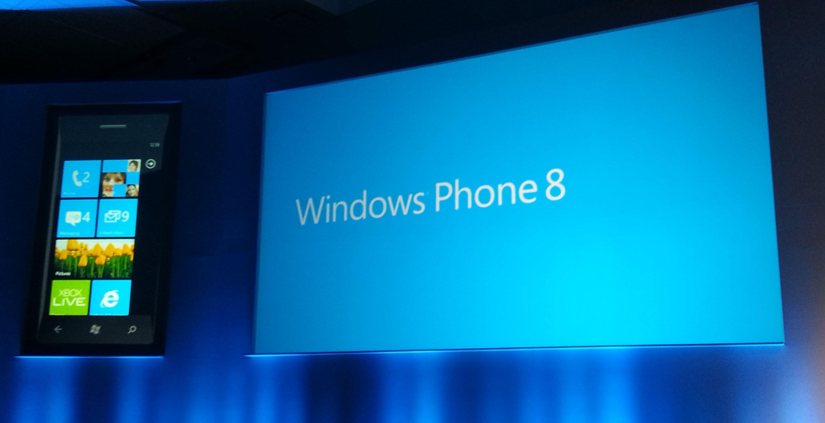 Microsoft presenta Windows Phone 8: non solo Google preferisce differenziare