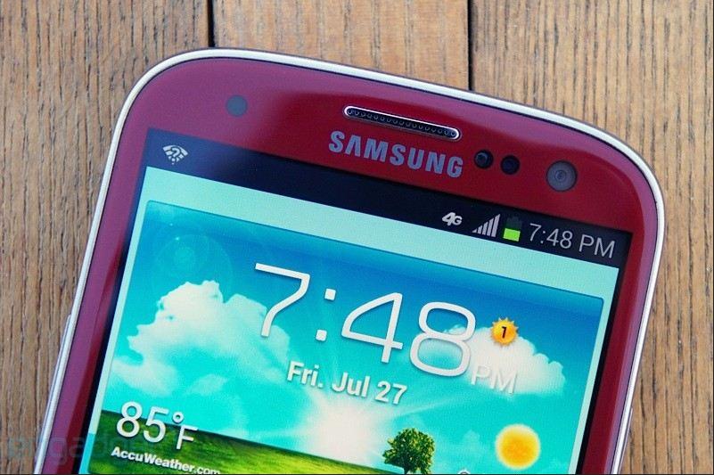 Nuove immagini per il Galaxy S III Garnet Red