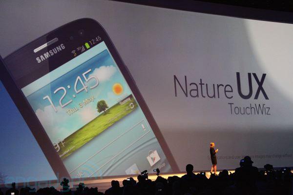 Interfaccia TouchWiz UX per tutti gli smartphone ICS