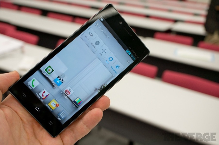 LG Optimus G: svelato ufficialmente [Foto e video hands-on]