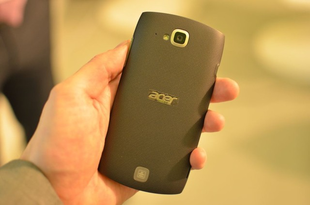 Acer lancerà nel 2013 un Windows Phone 8 e 5 smartphone Android