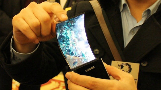 Samsung YOUM: ancora ritardi per i display flessibili