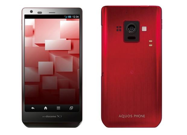 Ecco Sharp Aquos Phone Zeta SH-02E, il primo smartphone con display IGZO