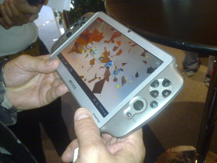 Primo video per Archos GamePad, il tablet per videogiocatori a 149€