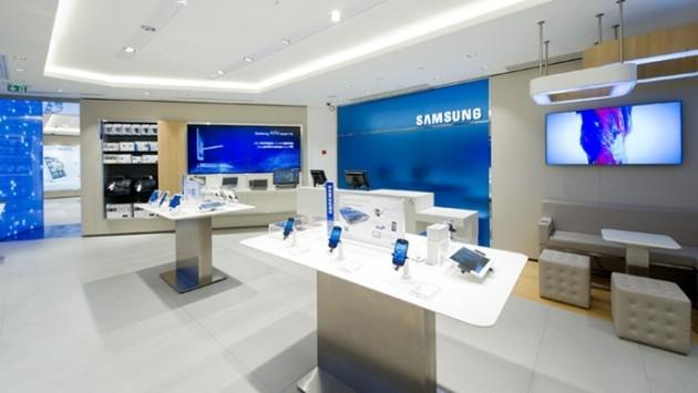 Samsung apre il suo primo 'Mobile Store' a Parigi