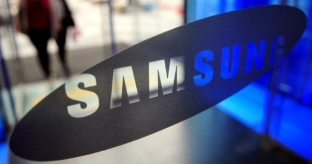 Samsung al lavoro su un tablet con display AMOLED Full HD da 8 pollici