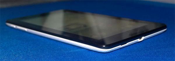 Asus ME172V e ME301T: i tablet da 7 e 10 pollici si mostrano in foto
