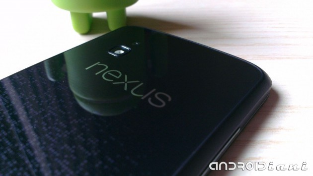 LG Nexus 4: una mod aggiunge il supporto USB OTG