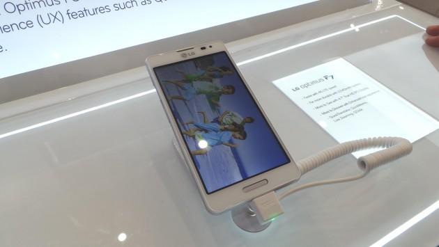[MWC 2013] LG presenta Optimus F5 per la fascia media - Hands on di Androidiani.com