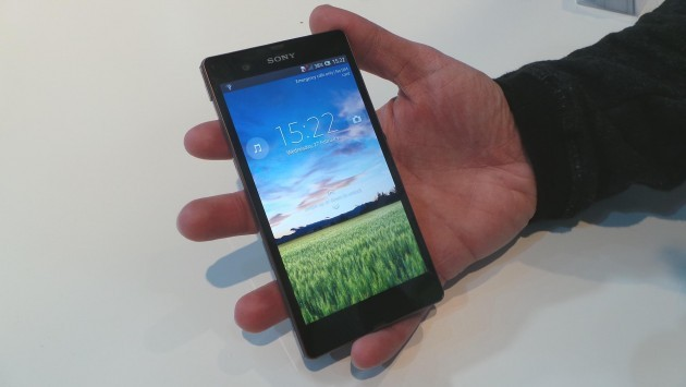 [MWC 2013] Sony Xperia Z - Hands-on di Androidiani.com