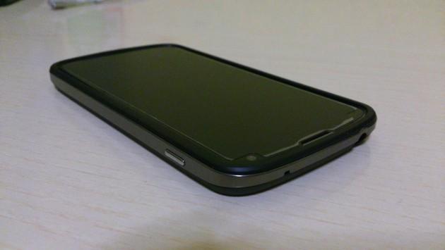 Pellicola protettiva Anti-fingerprints per Nexus 4 di PURO - La prova di Androidiani.com