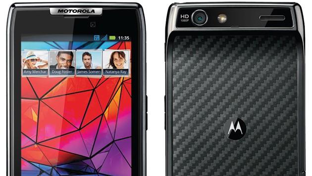 Motorola RAZR: arriva da XDA il primo firmware ufficiale con Android 4.1.2