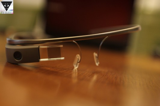 Google Glass: confermate l'app di Twitter e la natura Open Source