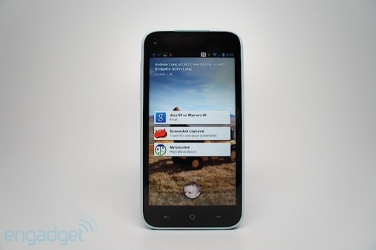 HTC First: ecco la video recensione di Engadget