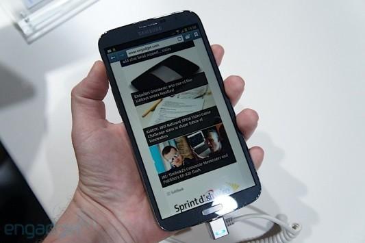 Samsung Galaxy Mega 6.3 si mostra in un nuovo video hands-on