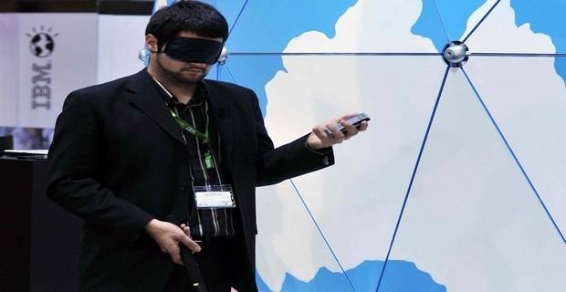 Dall'India arriva il primo smartphone per non vedenti