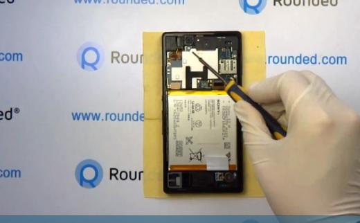 Sony Xperia Z: un video ci mostra come smontarlo