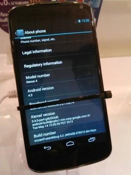 Android 4.3 fotografato su un Nexus 4 al Thailand Mobile Expo 2013