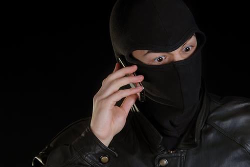 New York, un maldestro ladro di smartphones beccato grazie a un autoscatto