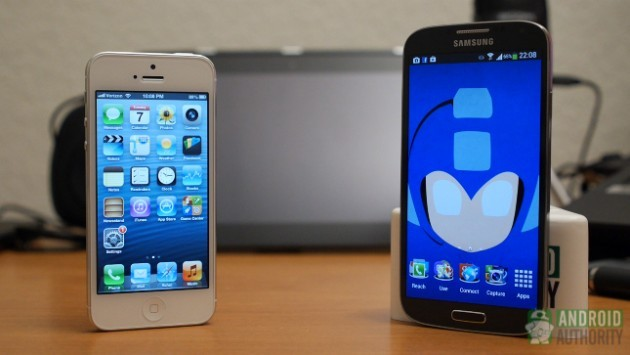 Samsung Galaxy S4 vs Apple iPhone 5: una sfida interminabile