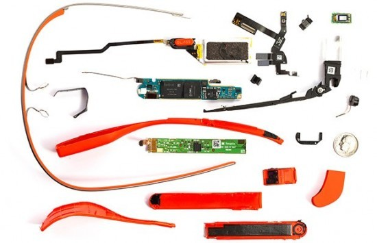 Google Glass: il primo teardown rivela una batteria da 570 mAh